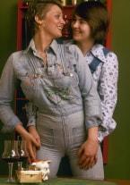 Jenny & Barbro, Charming sales-ladies - thumb 1