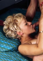 Margareta, her friend and a hotel room - thumb 1