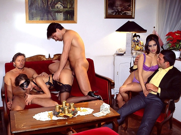 Magela Gets a Double Pussy in an Orgy with Peggy Sue